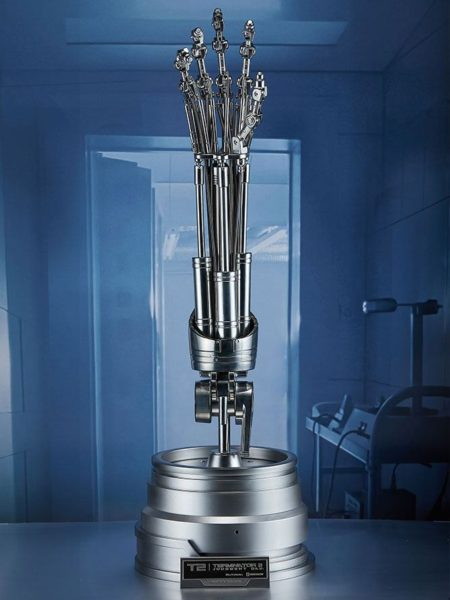 Blitzway Terminator 2 T-800 Endoskeleton Arm & Brain Chip Set The Real Replica 1:1