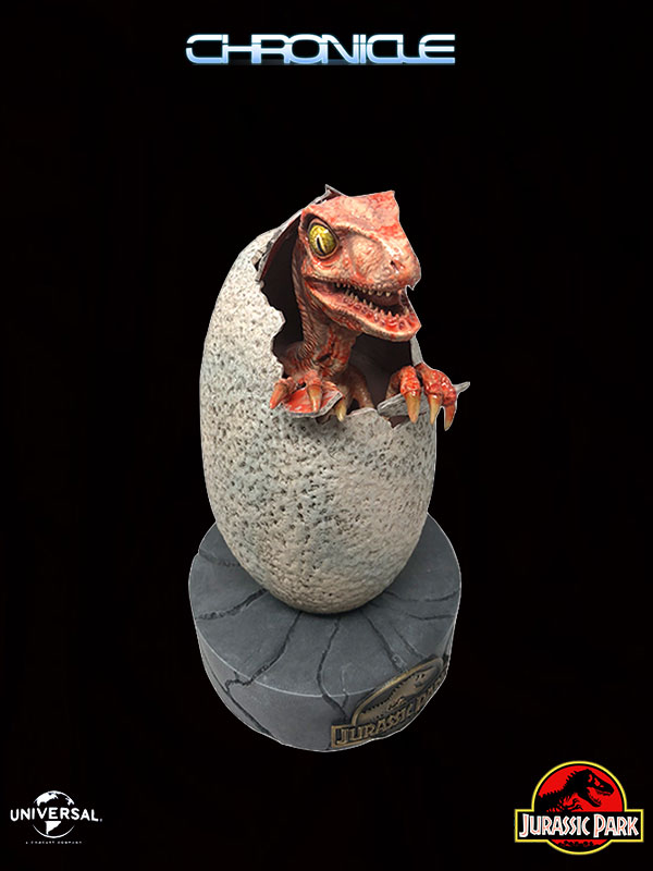 Chronicle Collectibles Jurassic Park Raptor Hatchling Lifesize 1:1 Statue