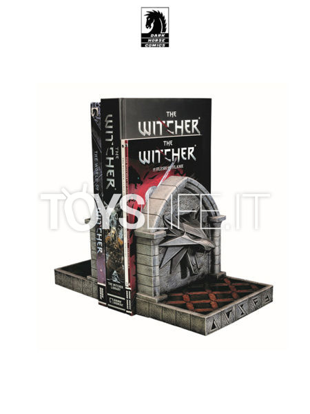 Dark Horse The Witcher 3 Wild Hunt The Wolf Bookends