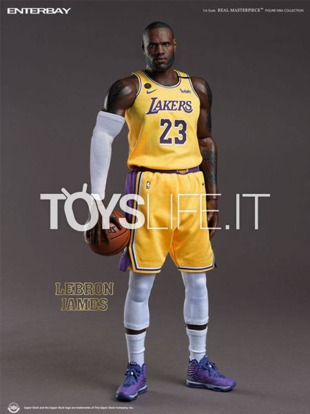 Enterbay NBA Collection LeBron James Real Masterpiece 1:6 Figure