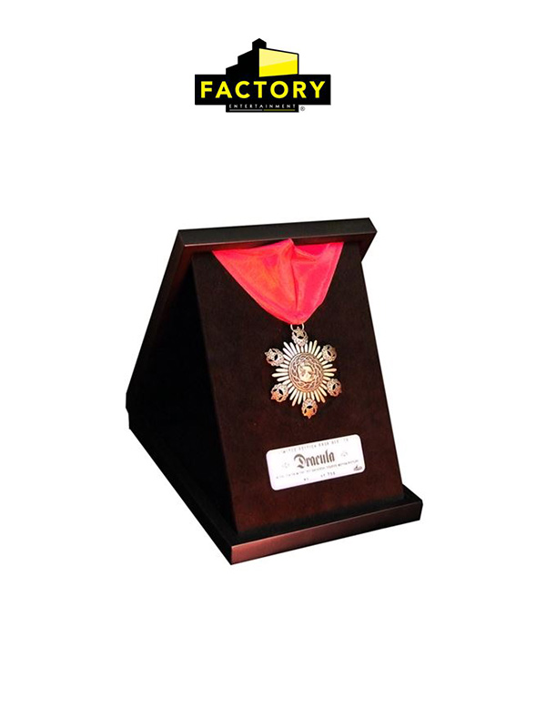 Factory Entertainment Dracula Medallion 1:1 Limited Replica