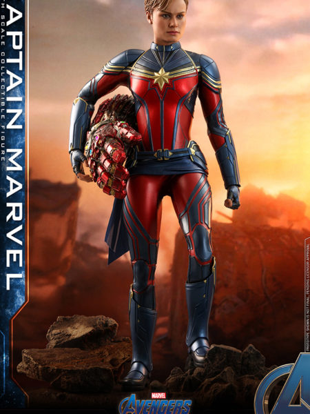 Hot Toys Marvel Avengers Endgame Captain Marvel 1:6 Scale Figure