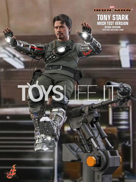 Hot Toys Marvel Iron Man Tony Stark Mech Test Version 1:6 Deluxe Figure