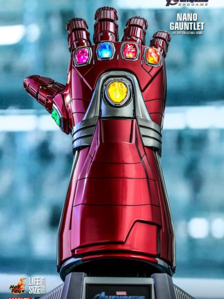 Hot Toys Avengers Endgame Ironman Nano Gauntlet 1:1 Replica