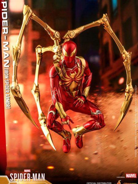 Hot Toys Marvel Spiderman Iron Spider 1:6 Figure