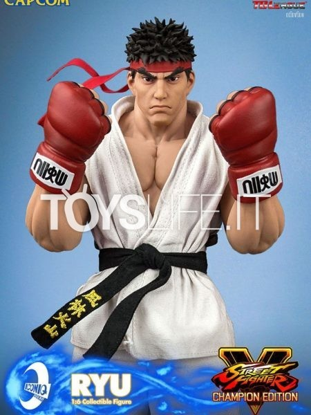 Iconiq Studios Street Fighter V Champion Edition Ryu 1:6 Figure