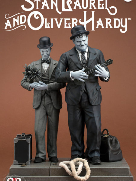 Infinite Statue Old & Rare Stan Laurel & Oliver Hardy Statue
