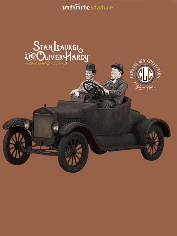 Infinite Statue Laurel & Hardy On Model T 1:12 Statue