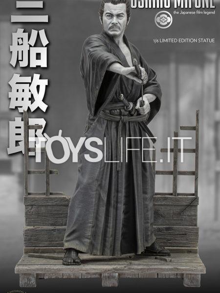 Infinite Statue Old&Rare Toshiro Mifune 1:6 Statue