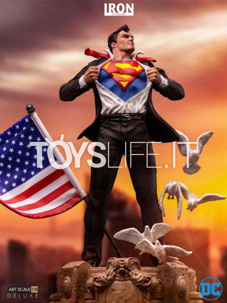 Iron Studios DC Comics Clark Kent 1:10 Deluxe Statue
