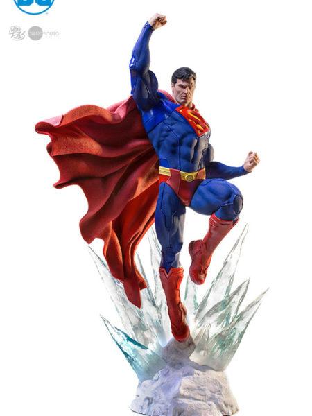 Iron Studios DC Comics Superman 1:3 Statue