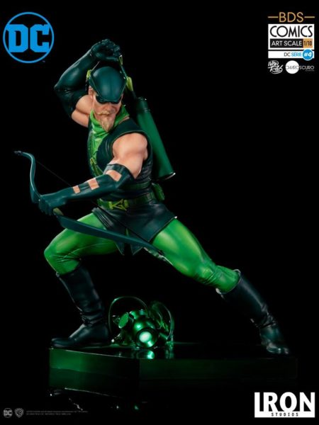 Iron Studios DC Comics Green Arrow 1:10 Statue by Ivan Reis