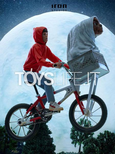 Iron Studios E.T. The Extraterrestrial E.T. & Elliot 1:10 Deluxe Statue