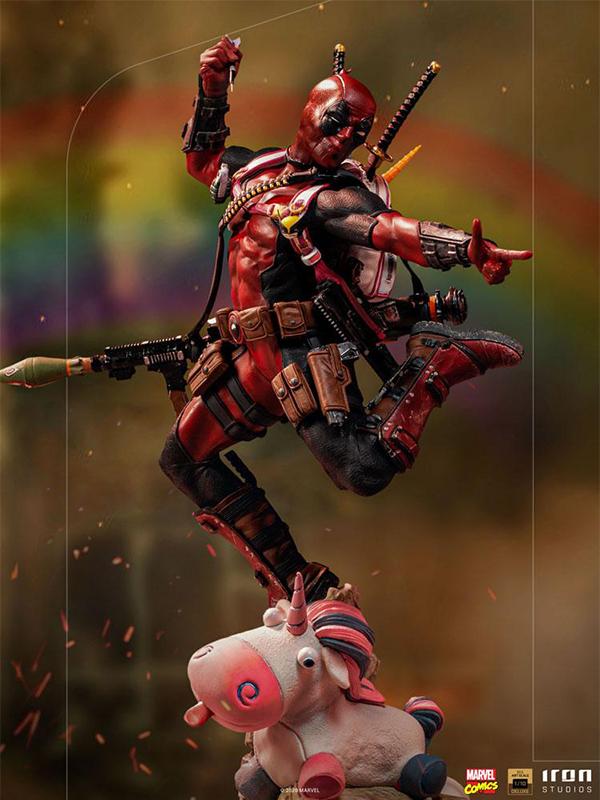 Iron Studios Marvel Comics Deadpool 1:10 Deluxe Statue