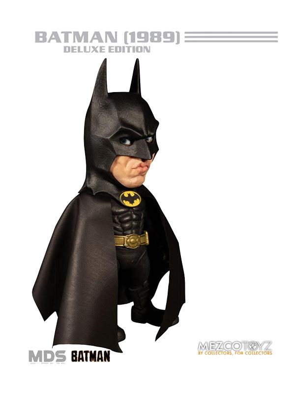 Mezco Toyz DC Batman 1989 Batman Deluxe Figure