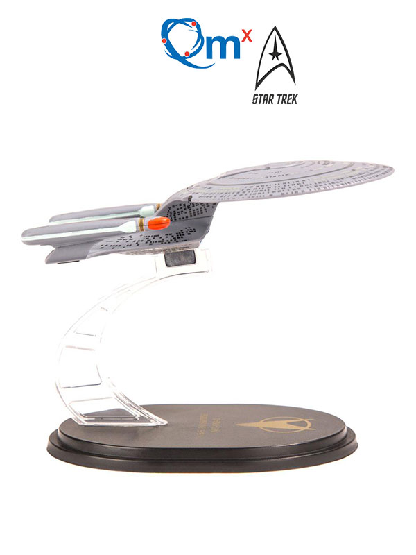 Quantum Mechanics Star Trek TNG Mini Master Series U.S.S. Enterprise NCC-1701-D Replica