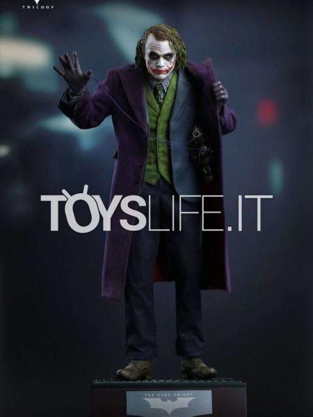 Queen Studios DC Batman The Dark Knight The Joker 1:4 Statue Regular/ Artist Edition