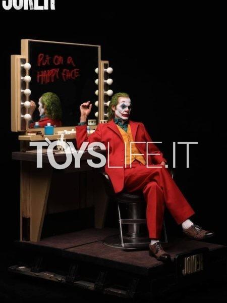Queen Studios DC The Joker Joker Arthur Fleck Joaquin Phoenix 1:3 Deluxe Statue