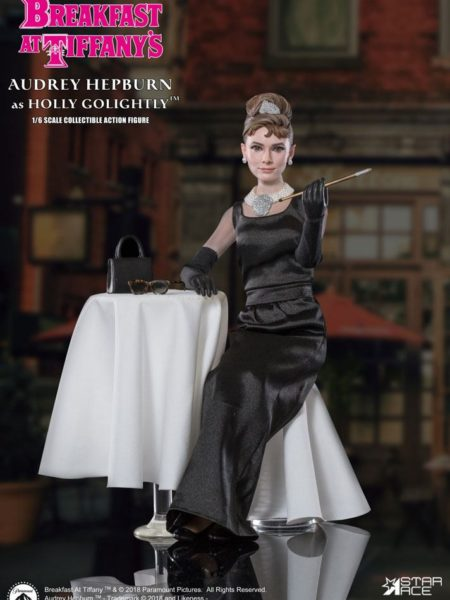 Star Ace Toys Breakfast at Tiffanys Audrey Hepburn Holly Golightly 1:6 Deluxe Figure